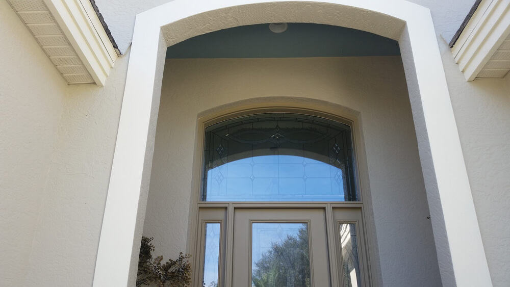 exterior_painted_beige_entryway-CMP