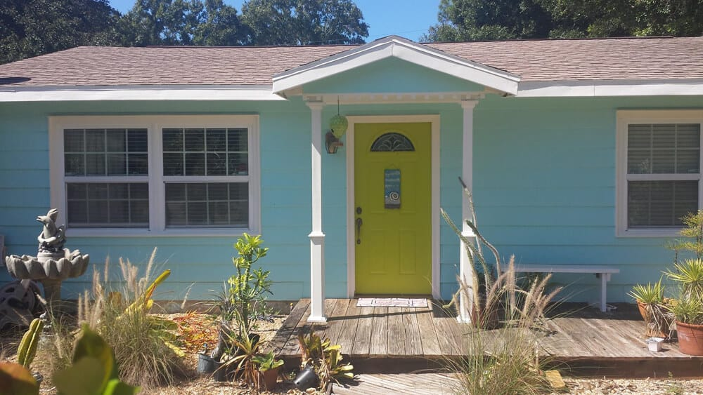 exterior_painted_blue_cottage-CMP